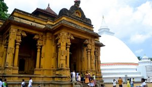 ケラニヤ寺院